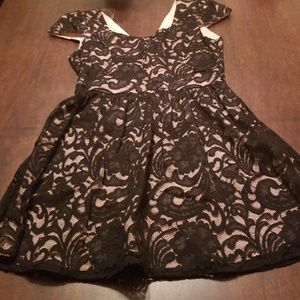 Pink and Black lace short sleeve dress